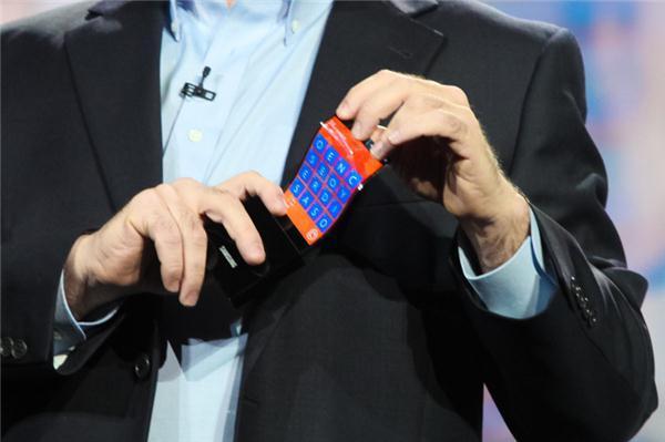 Samsung nos muestra sus pantallas flexibles YOUM en prototipos