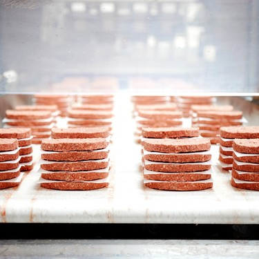 Burger King lanza una Whopper vegetariana con la hamburguesa vegana que sangra de Impossible Foods