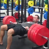Los errores más comunes al realizar el hip thrust: conócelos y evítalos