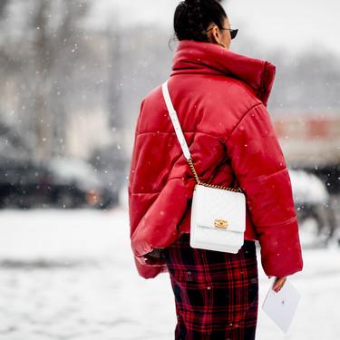 El street style de PFW se cubrió de nieve, inspirándonos para vestir con estilo hasta en días de frío