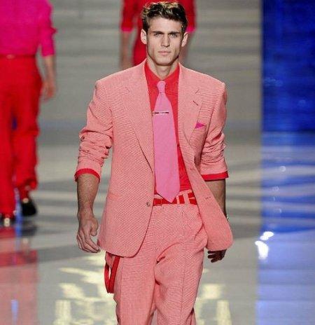 Sastrería coloreada, ¿te atreves con los trajes de colores esta Primavera-Verano 2012? (I)