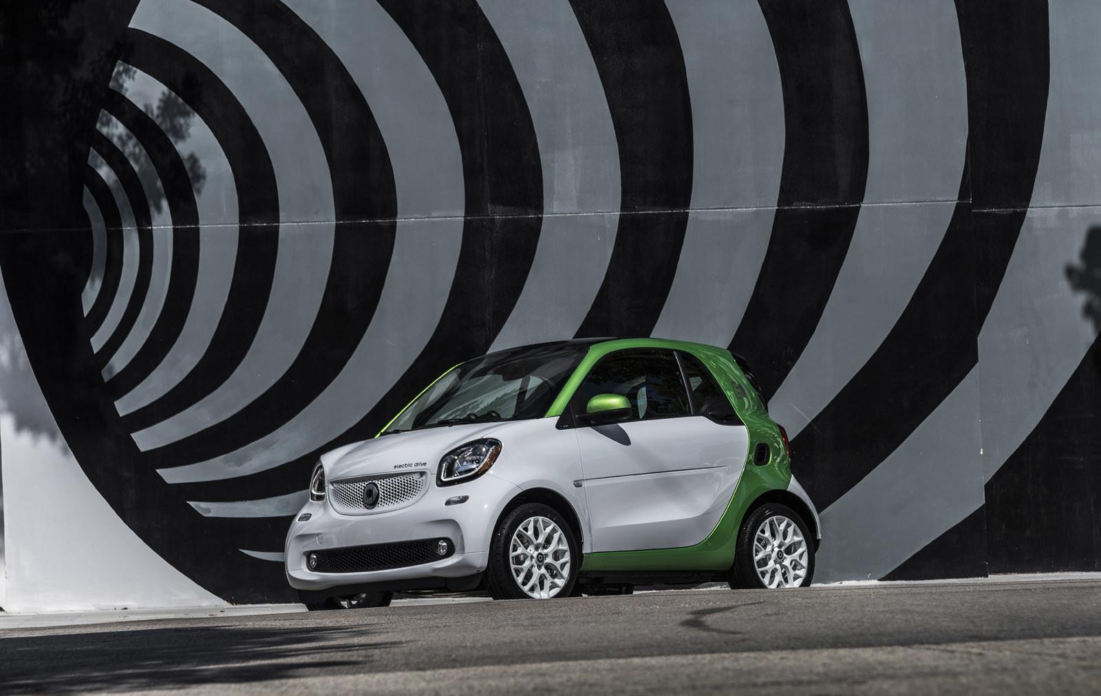 Foto de smart fortwo Electric Drive, toma de contacto (111/313)
