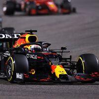 El rumor loco que cambiaría la Fórmula 1: Lewis Hamilton se retirará y en Mercedes correrá Max Verstappen