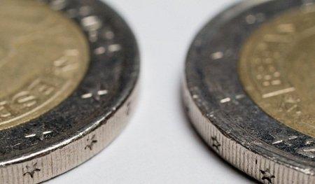 La plana mayor europea aprovecha el foro económico de Davos para reivindicar la importancia del Euro