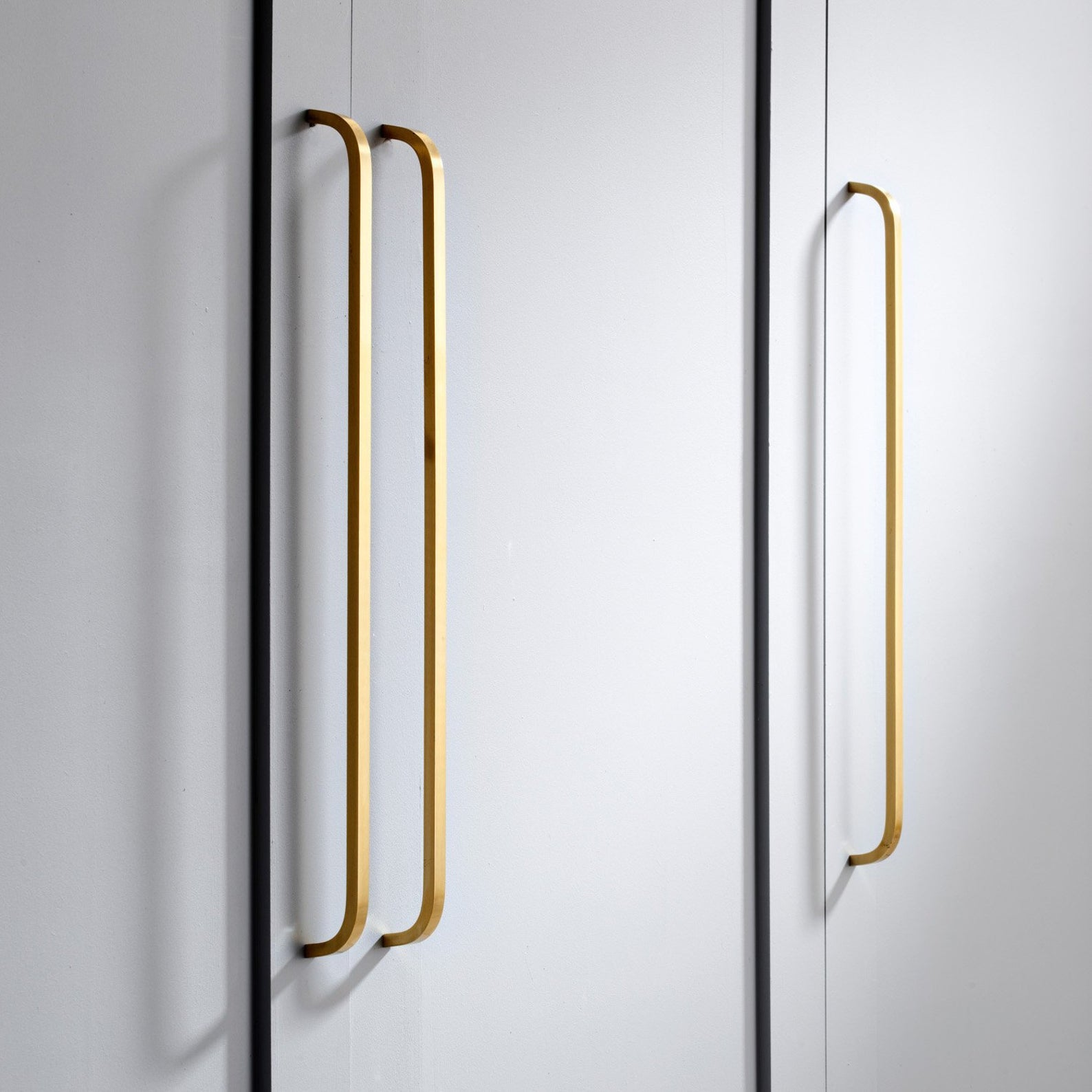 Modern Solid Brass Gold Long Pull Bar Handles For Doors Cabinets Cupboards Drawers (a elegir acabado y el largo)