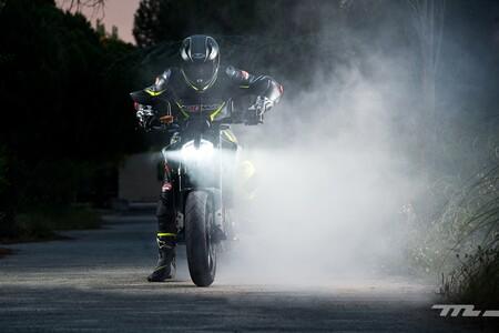 Las KTM Duke y Adventure se mantienen en oferta hasta final de año, con hasta 1.260 euros de descuento