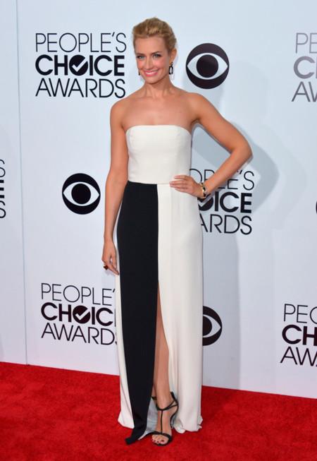Peoples Choice Awards 2014 tendencias en vestidos de fiesta Beth Bers vestido blanco y negro Giuletta
