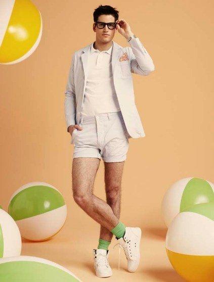 Blanco continua sorprendiendo: un lookbook muy preppy y nerd para el verano 2011