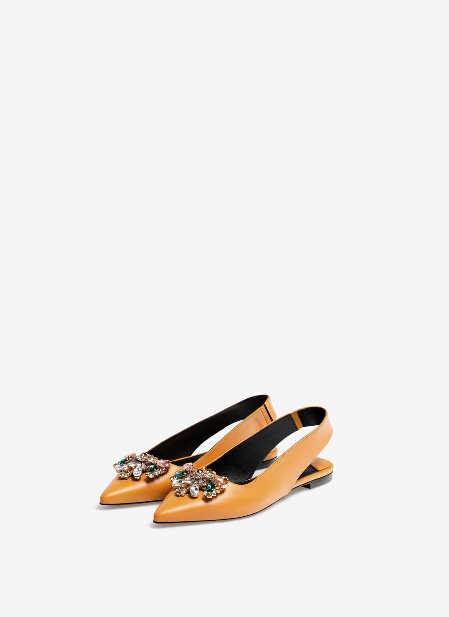 Zapatos planos de Uterqüe