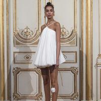 Clonados y pillados: encuentra (si puedes) las 7 diferencias entre el vestido de Jacquemus y el de Sfera