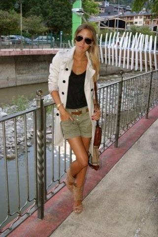 Shorts trench