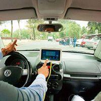 El IPN quiere evitar accidentes automovilísticos en México con un dispositivo con GPS y limitando la velocidad máxima