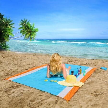 filtrar la arena para dejar una superficie limpia, y que no deja que se esta se cuele por debajo