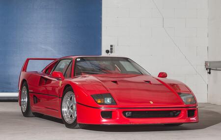 Esta es la historia del único Ferrari F40 del mundo con cambio automático: el 'sacrilegio' de Agnelli