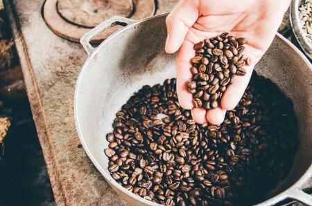 Si eres de los que prepara el café en casa prueba estas máquinas tostadoras para darle aún más sabor a tus tazas