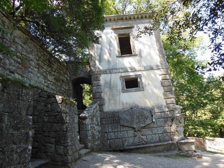 Casa inclinada Bomarzo