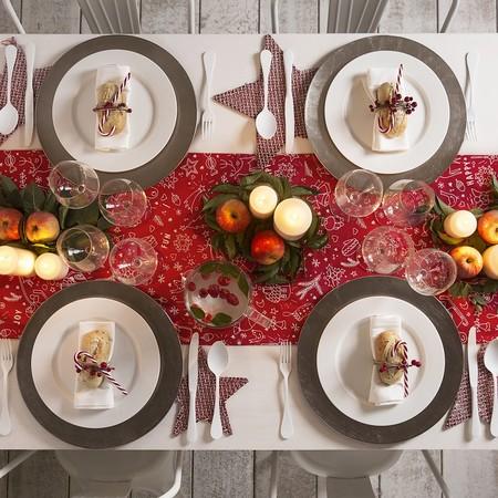 Ideas para decorar una mesa de Navidad en rojo y verde