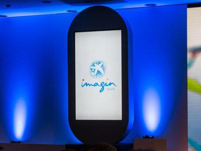 Así es imaginBank, el primer banco que opera exclusivamente con el móvil en España
