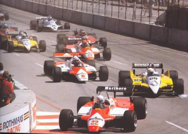 AndreaDeCesaris.Pole en long beach 1982.jpg