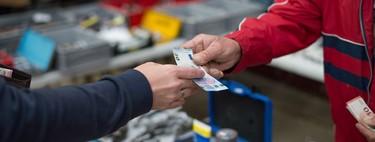 Multa a quienes paguen más del 70% en efectivo: el cerco al dinero metálico llega a Grecia