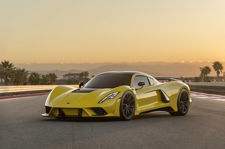 Hennessey lo toma como reto: quiere demoler el récord de 490 km/h del Bugatti Chiron en su F5