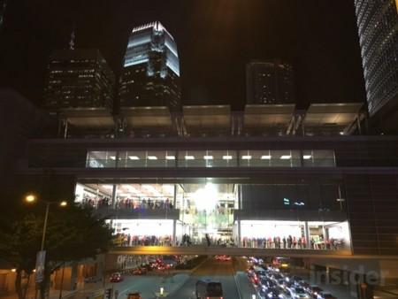 La mayor Apple Store de Hong Kong no da abasto: estrenará una tercera planta próximamente