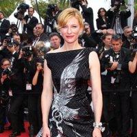 2010, el año en el que se fue Alexander McQueen: sus diseños en la Alfombra Roja