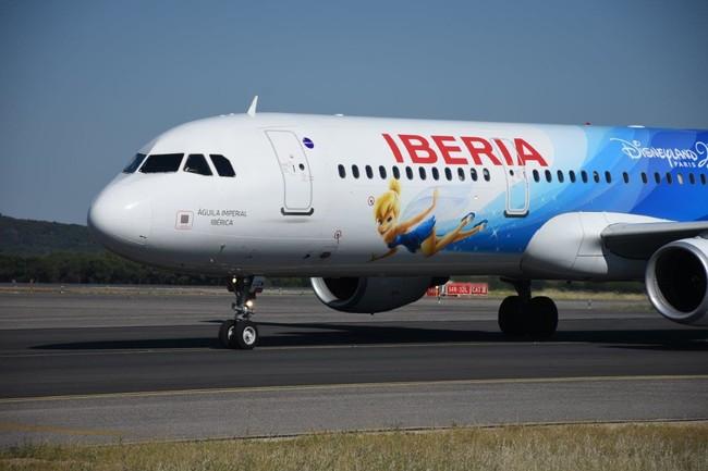 El universo de Disneyland París llega a los aviones de Iberia
