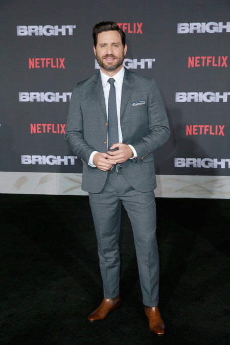 Edgar Ramirez Bright Red Carpet Netflix Premiere Style 03