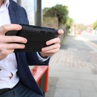 SwitchCharge quiere ser la carcasa para Nintendo Switch que añade 12 horas de juego en modo portátil