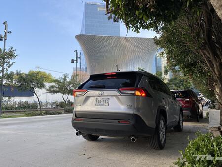 Consumo híbrido Toyota RAV4 mexico 3