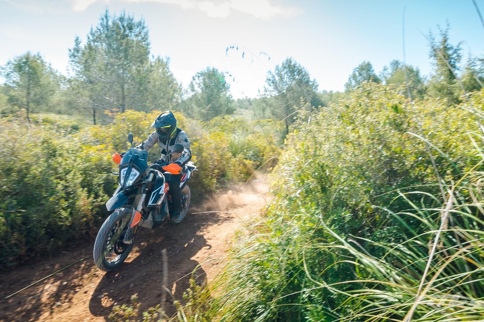 Foto de KTM 790 Adventure 2019, prueba (9/128)