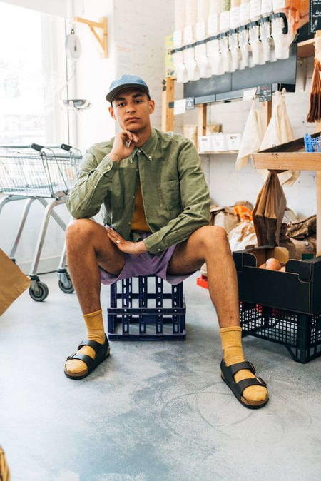 El Combo De Chanclas Y Calcetines Conforman Los Mejores Looks Del Street Style De La Semana 05