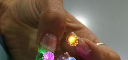 No, definitivamente no paso por las uñas con luces LED