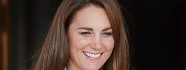 Kate Middleton reanuda su agenda oficial con un estupendo look de oficina del que podemos tomar buena nota