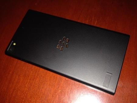BlackBerry Z3 en imágenes reales