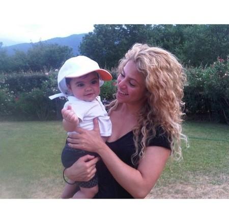 A Shakira se le va de las manos esto de querer hermanitos para Milan