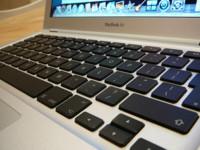 """Rumor: Apple """"adelgazará"""" el MacBook Air con fibra de carbono"""