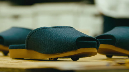 No más pantuflas perdidas: Nissan ha creado unas que regresan a su sitio de forma autónoma cuando las dejamos de usar