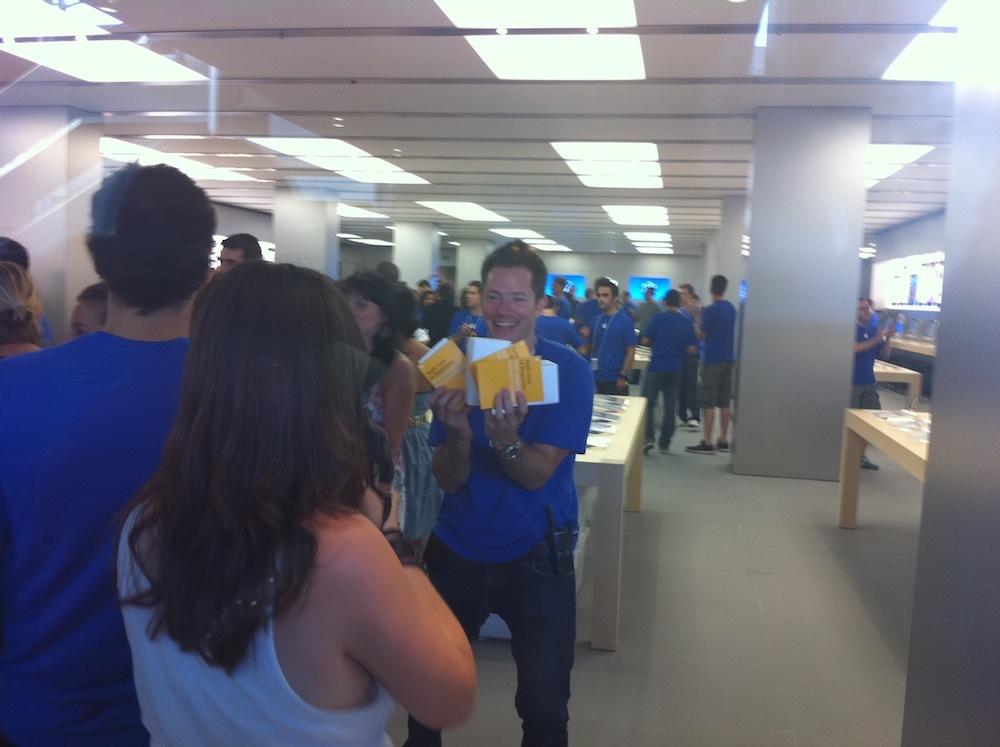 Foto de Inauguración Apple Store La Maquinista (50/93)