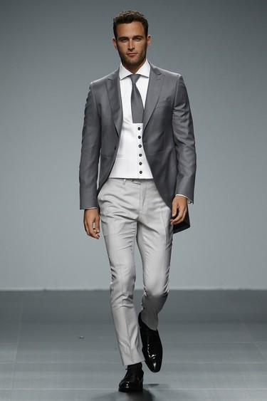 ¡Atención, futuros novios! Así son las tendencias en moda nupcial para los hombres