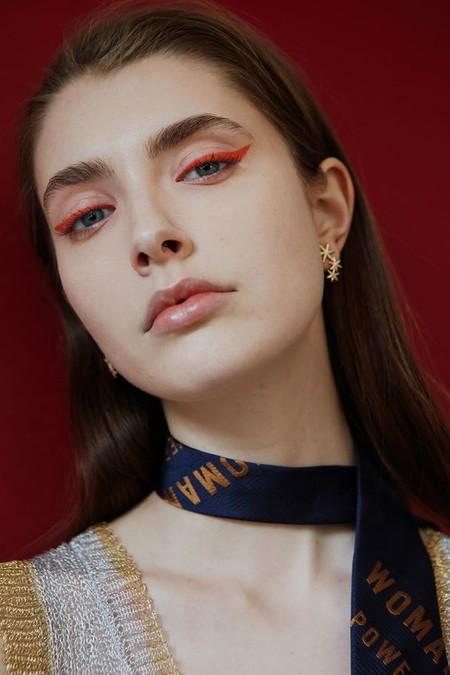 Eyeliner Rojo 6