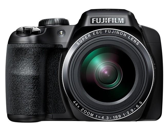 Fujifilm S8400W de frente
