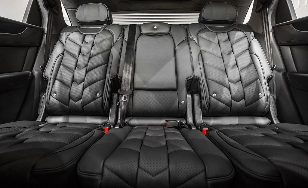 Foto de Bentley Bentayga Centenary Edition por Kahn Design (12/12)