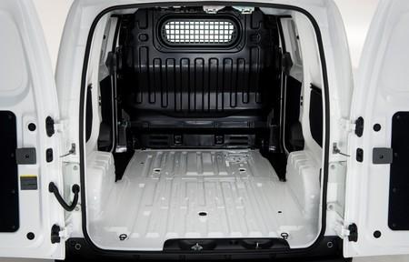 Nissan e-NV200 de carga 05
