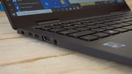 Dynabook Portehe X30 Puertos Conectividad