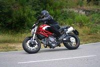 Ducati Monster 796, la prueba: el placer de disfrutar en las curvas