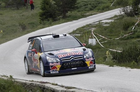 Kimi Raikkonen dice no a la Fórmula 1 y se quedará un año más en el WRC