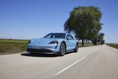 Porsche Taycan Cross Turismo Prueba Contacto 15