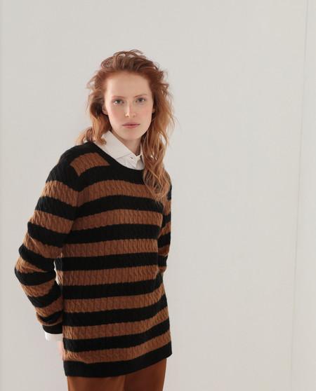 Jersey de mujer con ochos y rayas